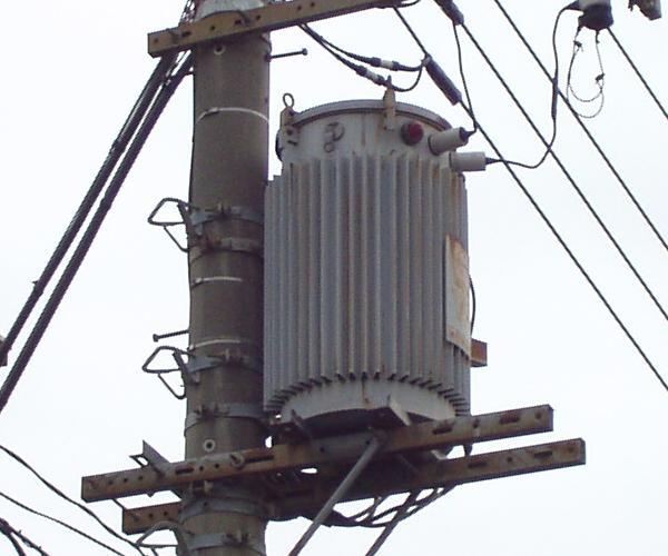 柱上変圧器写真一覧(75kVA以上)